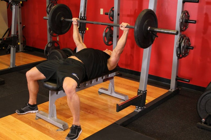 4 chest exercises that will help build muscle barbell bench press