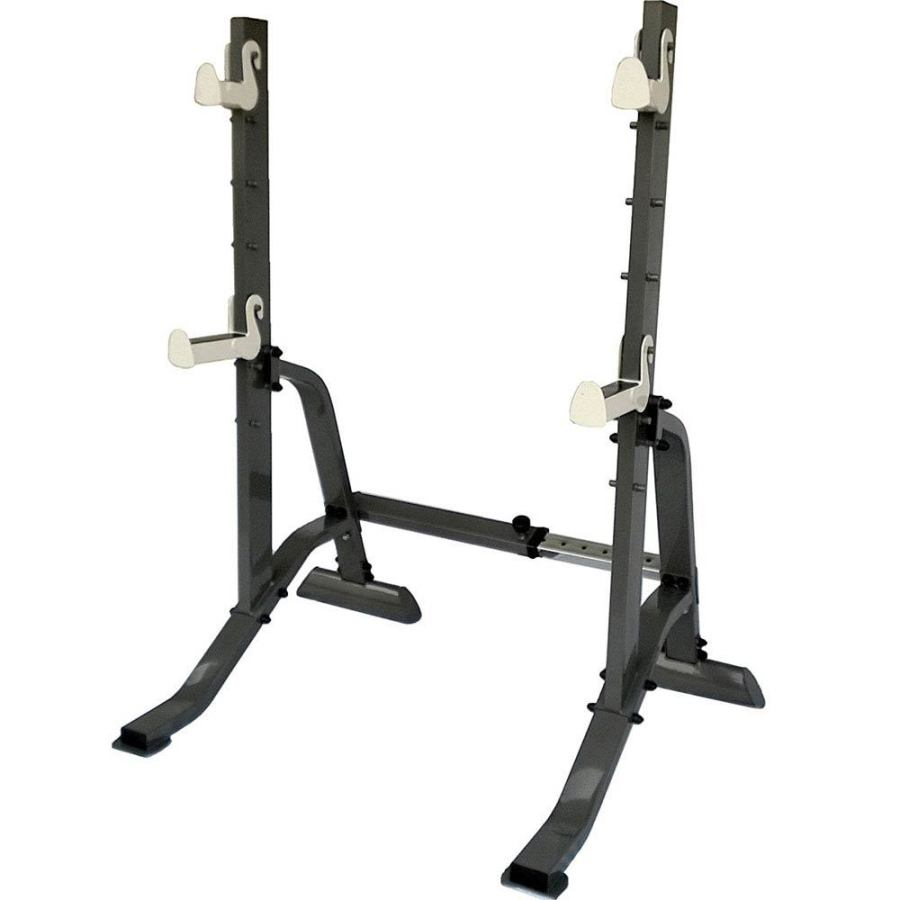 equipment you should consider for your strength training squat rack