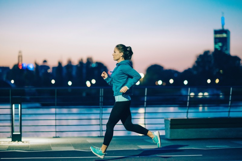should you perform exercise in the morning or at night working out at night