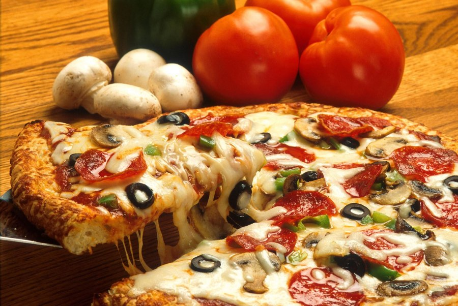 54 4 power food must haves pizza